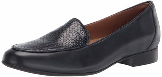 Clarks womens Un Blush Ease Loafer