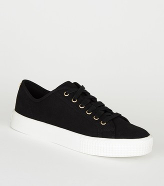 New Look Canvas Stud Back Lace Up Trainers
