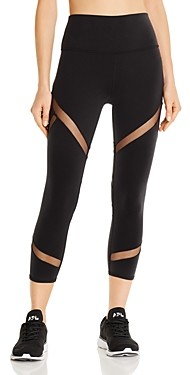 Alo Yoga Mesmerize Mesh-Inset Capri Leggings