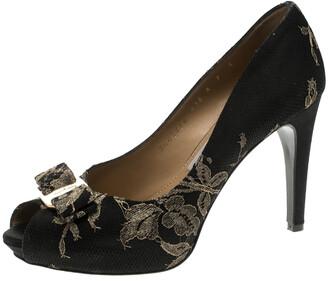 Salvatore Ferragamo Black Lace and Satin Teodora Peep Toe Bow Pumps Size 37.5