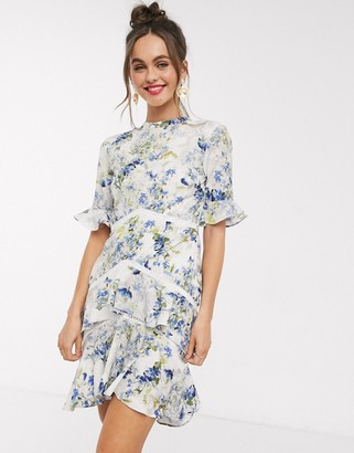 Hope & Ivy open back mini dress in floral