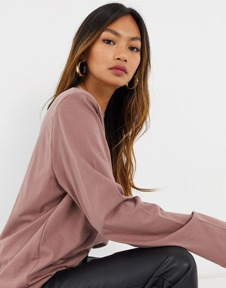 Weekday Kai organic cotton long sleeve t-shirt with shoulder pads in plum