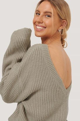 NA-KD Oversized Deep Back Sweater