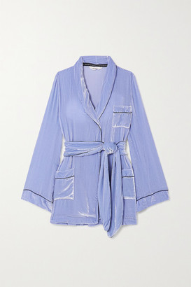 SLEEPING WITH JACQUES The Bon Vivant Belted Piped Velvet Robe - Lilac