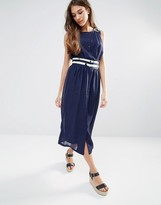 Lavand Contrast Waist Midi Dress