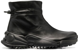 Salvatore Ferragamo Toggle-Fastening Ankle-Length Sneakers