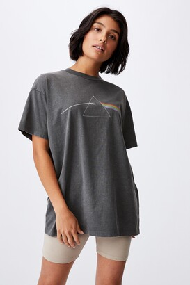 Cotton On The Relaxed Boyfriend Graphic License Tee