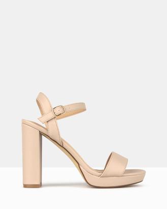 betts Maxie Block Heel Platform Sandals