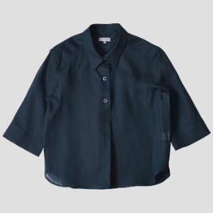 Margaret Howell Three Button Shirt in Peacock - 8 (UK) | peacock | linen
