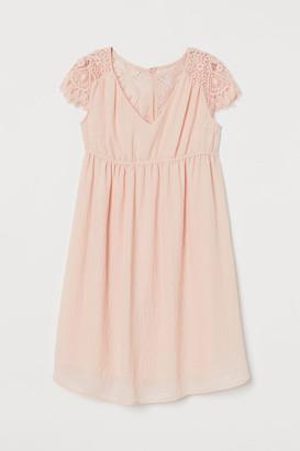 H&M MAMA Lace-yoke Dress - Pink