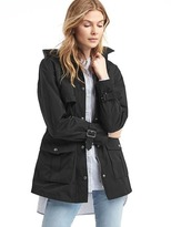 Water-resistant short hooded trench