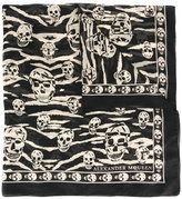 Alexander McQueen skull and tiger stripes scarf - men - Silk - One Size