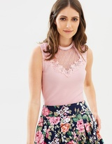 Review You and Me Top