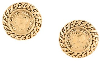 Chanel Pre Owned 1996 Coco button earrings