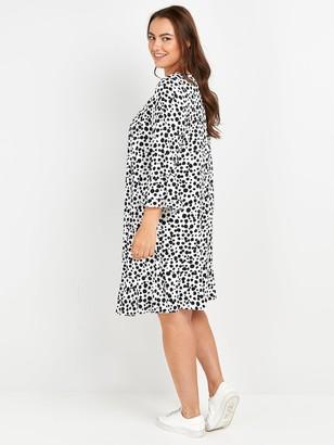 Evans Peplum Sleeve Dress - Black/White