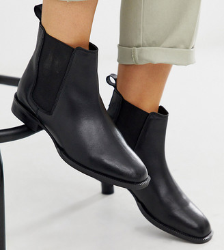 ASOS DESIGN Wide Fit April leather chelsea boots in black