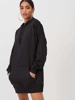 boohoo The Perfect Oversized Hooded Sweat Dress - Black