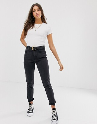 New Look mom jean in washed black