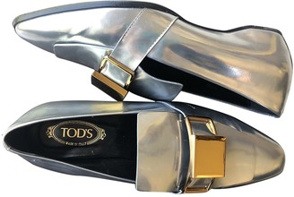 Tod's Silver Leather Flats