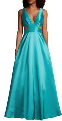 ML Monique Lhuillier Cutout V-Neck Gown