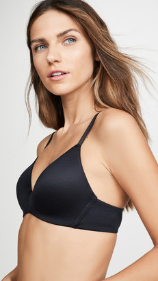 B.Tempt'd Future Foundation Wire Free Contour Bra