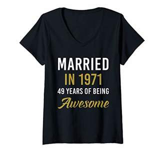 Womens Married in 1971 49 Years Of Being Awesome V-Neck T-Shirt