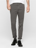 Calvin Klein Stretch Twill Fitted Chino Pants