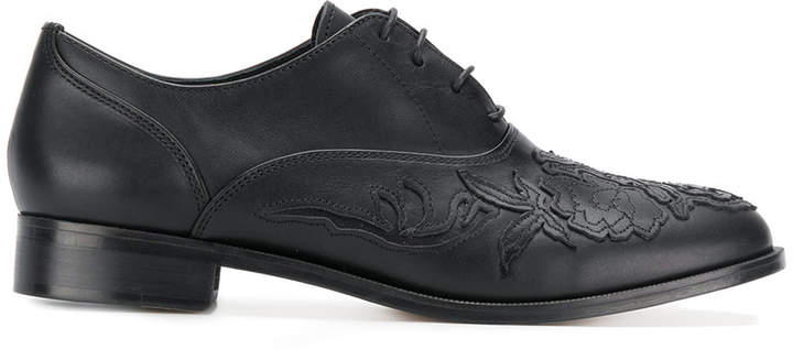 Y's embroidered front brogues