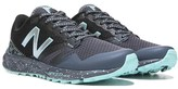 New Balance Women's 690 V1 Medium/Wide Trail Running Shoe