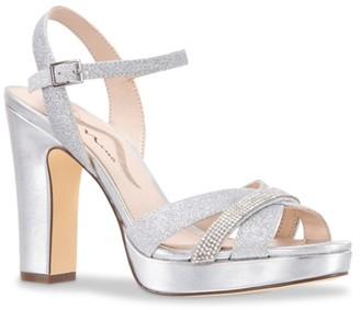 Nina Sashay Platform Sandal