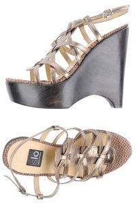 Islo Isabella Lorusso Wedges