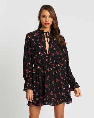 Missguided High Neck Keyhole LS Floral Dress