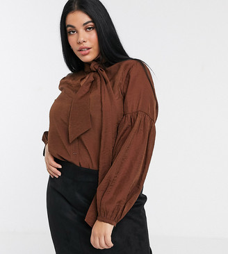 Only Curve blouse with pussybow and volume sleeves in chocolate