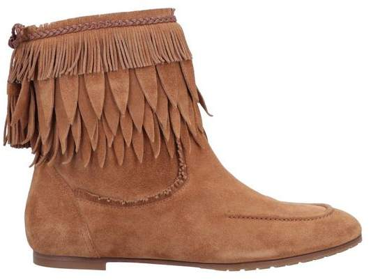 a7e04e67cff Ankle boots