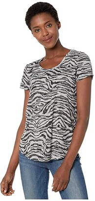 Vince Camuto Short Sleeve Zebra Highlight Burnout Scoop Neck Tee (Silver Heather) Women's T Shirt