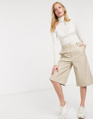 Weekday longline faux leather shorts in beige