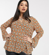 Only Curve smock top with ruffle hem in paisley