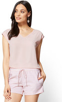 New York & Co. 7th Avenue - V-Neck Tee - Pink