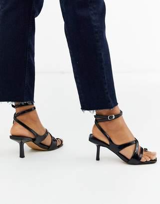 Asos Design DESIGN Harley strappy toe loop mid-heeled sandals in black