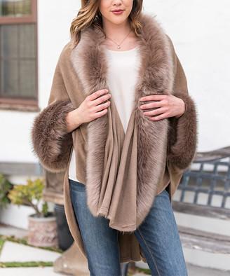 Paparazzi Women's Ponchos MOCHA - Mocha Faux Fur-Trim Ruana