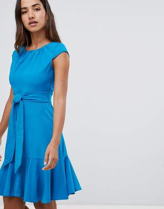 Closet London cap sleeve fit and flare dress-Blue