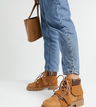 ASOS DESIGN Wide Fit Angelo lace up hiker boots in sand