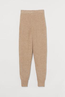 H&M MAMA Knit Joggers