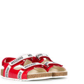 Moschino Kids - logo strap sandals - kids - Leather/rubber - 25