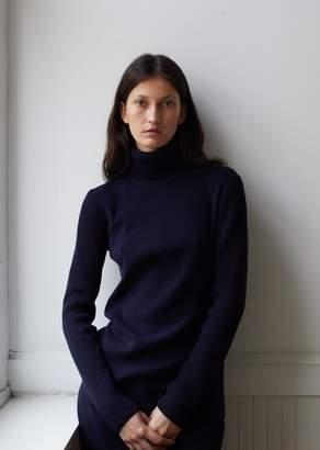 Nehera Essential Korka Wool Turtleneck Sweater