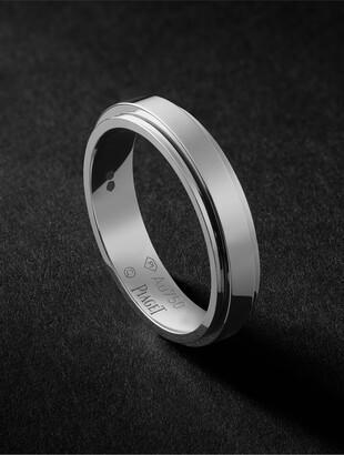 Piaget Possession 18-Karat White Gold Ring