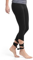 Gap GapFit Blackout gFast high rise barre strap leggings