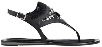 Tosca Toe post sandal