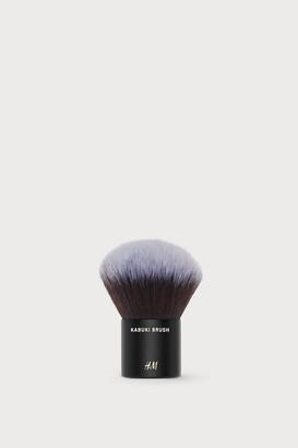 H&M Kabuki Brush
