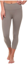 Spanx Ready to Wow!TM Capri Structured Leggings